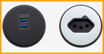 microdot-usb-on-table